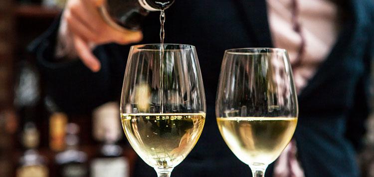 White winter Wines
