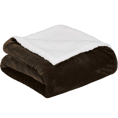 AmazonBasics Soft Micromink Sherpa Throw Blanket